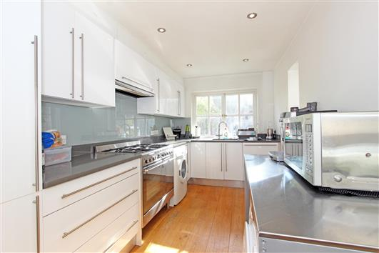 kitchen-1-10 coleford road SW18